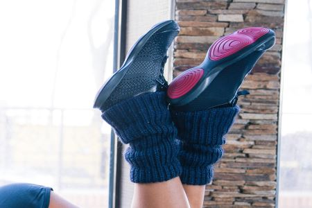 girl weight lifting shoes