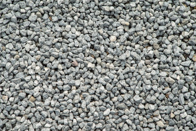 fill a sandbag with gravel